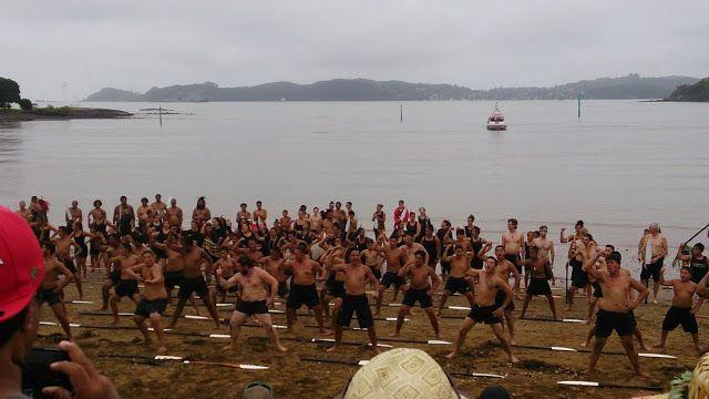 Waitangi Day, c'est ce qui correspond à la fête nationale néo-zélandaise. Ce jour commémore la signature du traité entre les anglais et les...