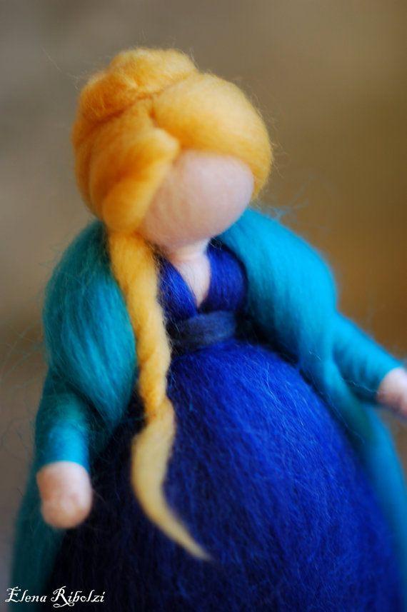 Meg in lana fiaba ispirazione Waldorf di LeBambinediCaldalana