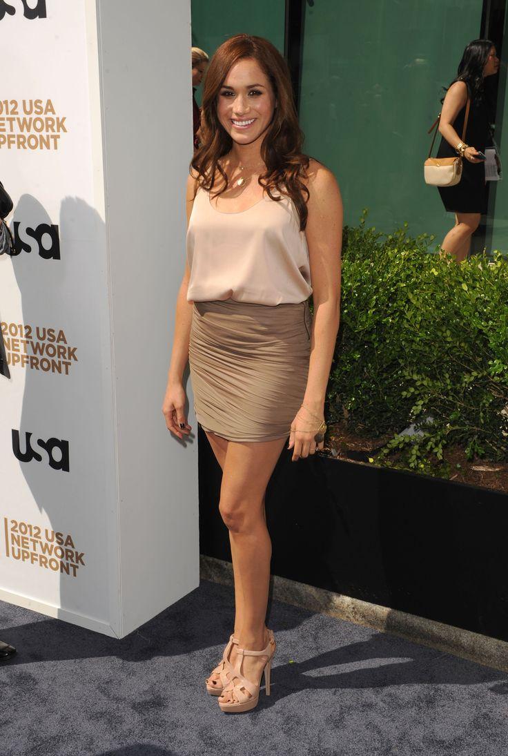Meghan Markle Looks Stunning In A Denim Caroline Herrera -6856