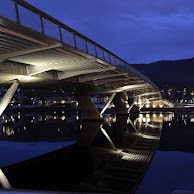 Øvresund bridge at night