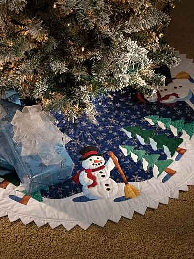 Quilting - Christmas Patterns - For the Tree Patterns - Friendly Snowman Tree Skirt