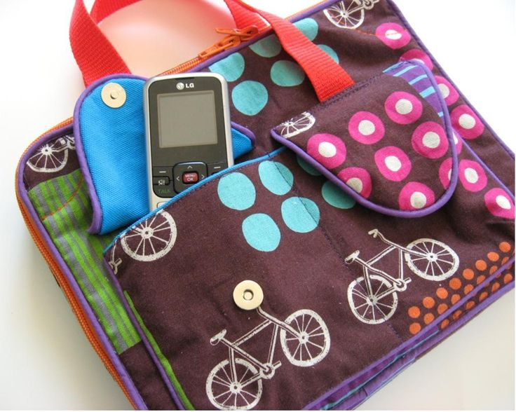 iPad Carrying Case front pockets for phone and mp3 player