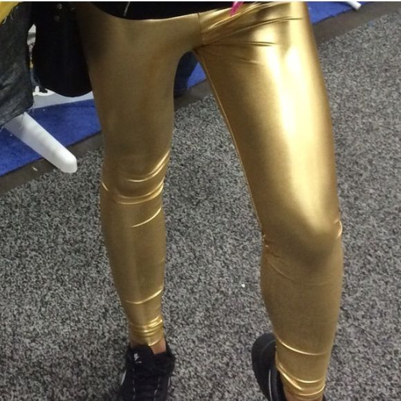 AA gold leggings American apparel good leggings. Size small. There is a tiny stretch mark that I will post a photo up later today. Not noticeable when wearing them! No trades. American Apparel Pants Leggings