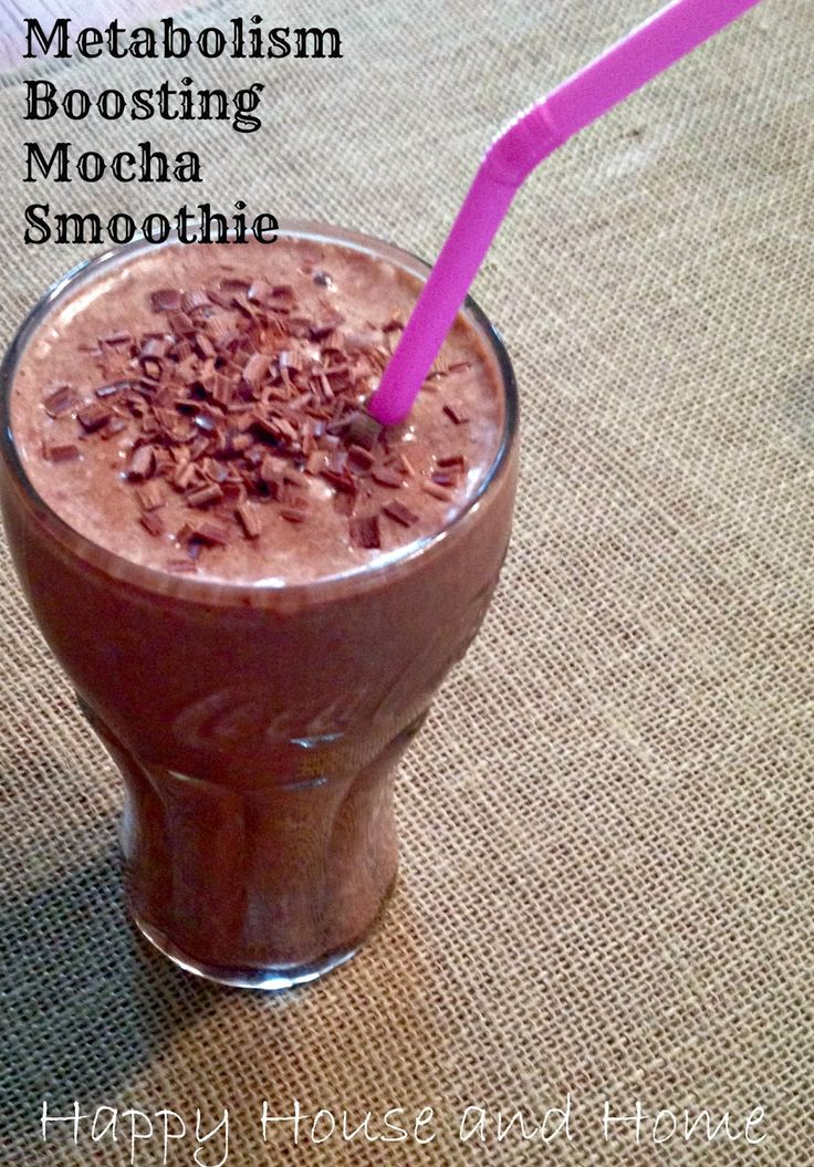 Metabolism Boosting Mocha Smoothie - Tastes like a milkshake but it's good for you! Contains protein, fiber, antioxidants!