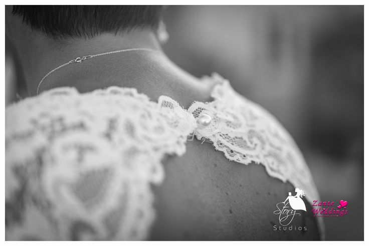Statement back wedding dress!