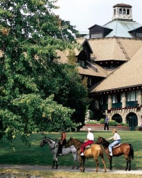Fairmont Le Chateau Montebello - Montebello, Canada #Jetsetter