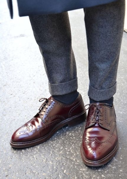 Alden longwings in cordovan? Gorgeous shoes.   Via Randomitus