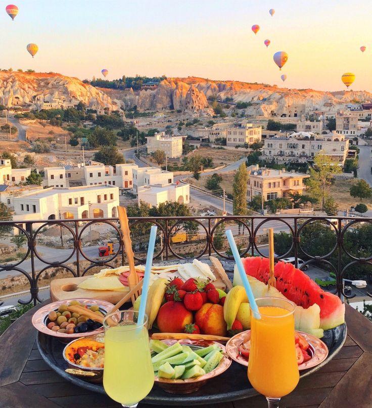 Breakfast with hot air balloons ~~  Kelebek Special Cave Hotel - Cappadocia // Picture by PILOTMADELEINE  #goreme #kapadokya #cappadocia #Turkey