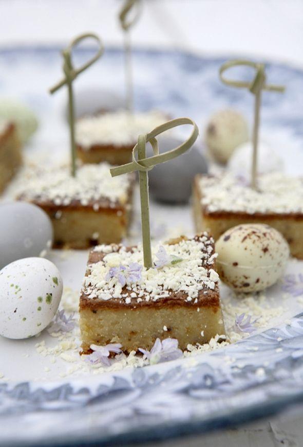 Hvid chokoladekage med lakrids