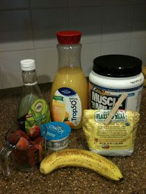 Snyders Tell All: Stawberry-Banana Protein Smoothie