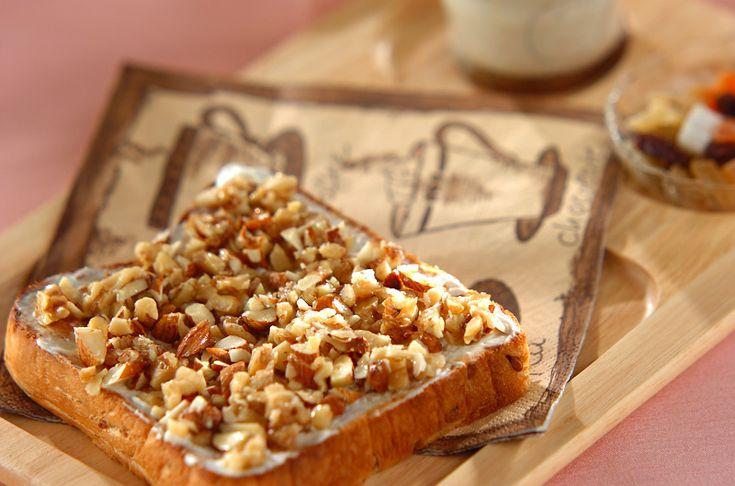 ナッツのハニートーストのレシピ・作り方 - 簡単プロの料理レシピ | E・レシピ