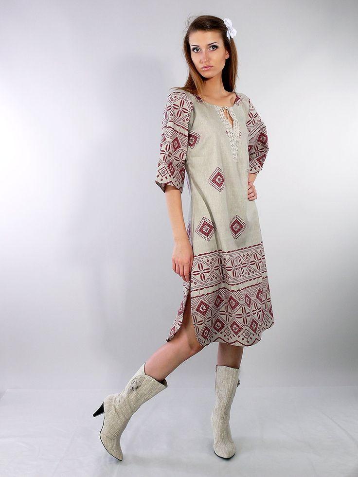 Льняной сарафан с цветами - студийная модельная каталожная фотосъемка для интернет-магазина - Folov.in