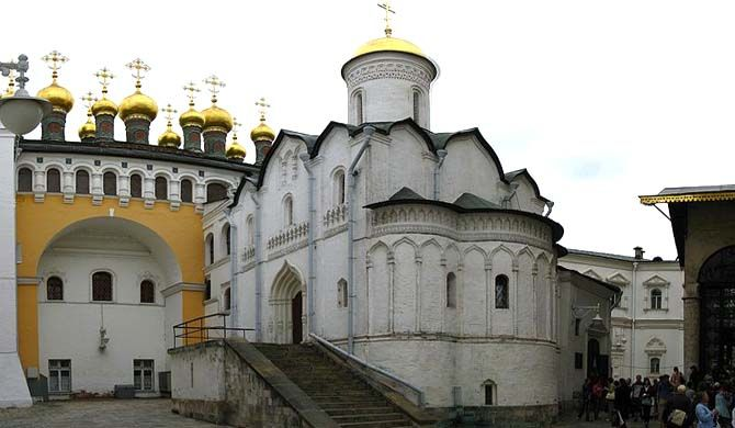 """The Church of the Deposition of the Robe (Russian: Церковь Ризоположения) is a church which stands on Cathedral Square in the <a href=""""http:... Get more information about the Church of the Deposition of the Robe on Hostelman.com #attraction #Russia #landmark #travel #destinations #tips #packing #ideas #budget #trips"""