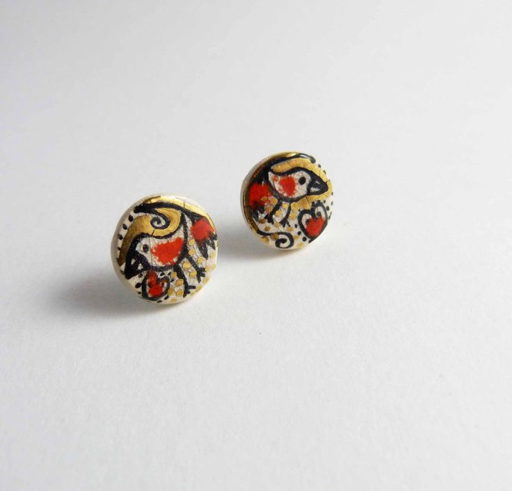 Ceramic earrings, multicolored with gold. Boucles d'oreille céramique, puces multicolores avec or. de la boutique Tanaart sur Etsy