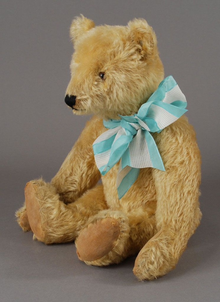 dating steiff bears Gift guide: classic steiff teddy bears & animals about steiff steiff button in ear - a trademark of quality steiff button in ear - a trademark of quality.