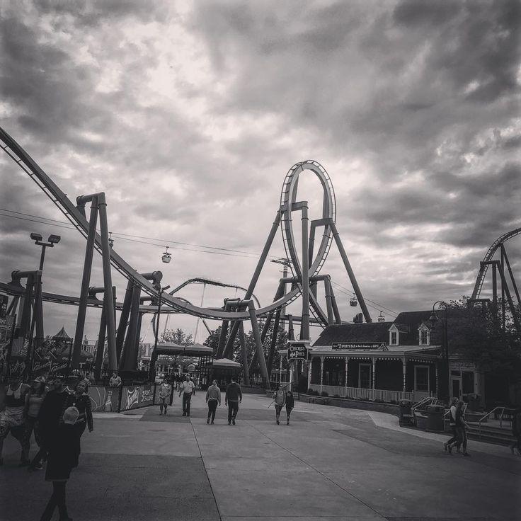 #Raptor! #blackandwhite #CedarPoint #BucketList #Sandusky #Ohio #ThemePark #AmusementPark #Rollercoaster #Rollercoasters #ThrillRides #CoasterFiend #RollercoasterFiend #ILoveRollercoasters #LoveRollercoasters #CoasterGram #Travel #TravelGram #TravelPhotography #Weekend #BirthdayWeekend http://tipsrazzi.com/ipost/1514893024197598300/?code=BUF-y3kA9xc