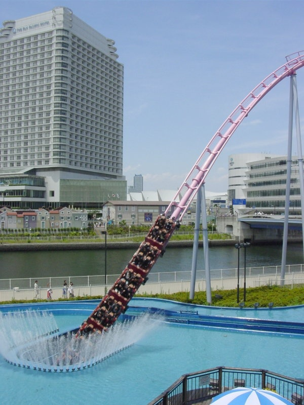 MUST  GO!Diving Coaster: Vanish (Yokohama Cosmoworld)