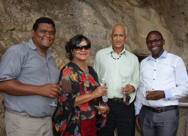 Morne Pietersen, Maryke Wicomb, Garnett Wicomb en Mtobeko Mangqwengqwe.