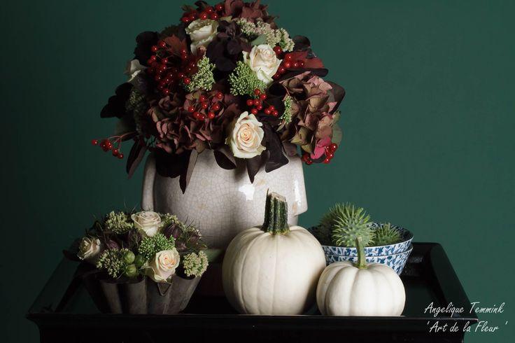 Bloemstuk , Bloemschikken , 'Art de la fleur' , Floral , Fall , Flowers ,  Hydrangea , Pots , Autumn , Angelique Temmink , Pumpkin , Beautiful .