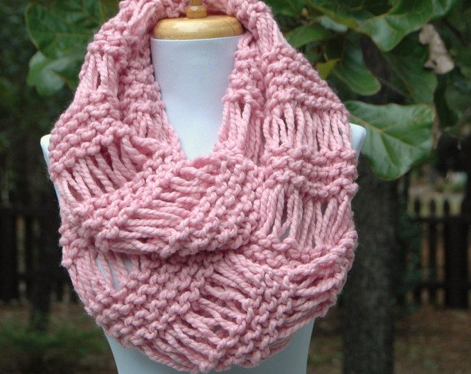 Rosa de punto infinito bufanda, bufanda gruesa, círculo de la bufanda, bufanda Infinity, bufanda de las mujeres, las mujeres invierno bufanda, bufanda hecha punto, bufanda de las lanas de punto a mano