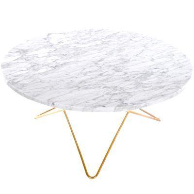 O stuebord fra Ox Denmarq, designet av Dennis Marquart. Et flott stuebord med myke og runde former. ...