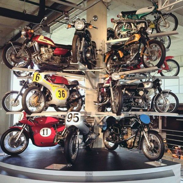 25 Best Ideas About Dream Garage On Pinterest: Best 25+ Motorcycle Shop Ideas On Pinterest