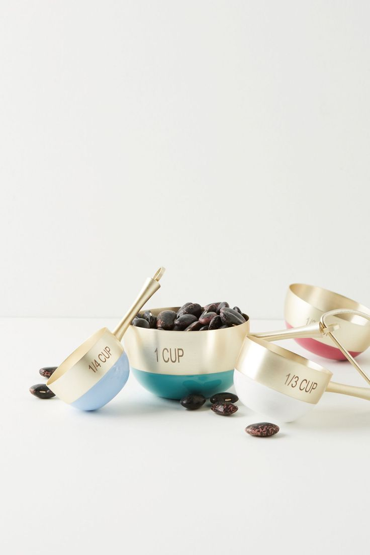 Tone-Dipped Measuring Cups