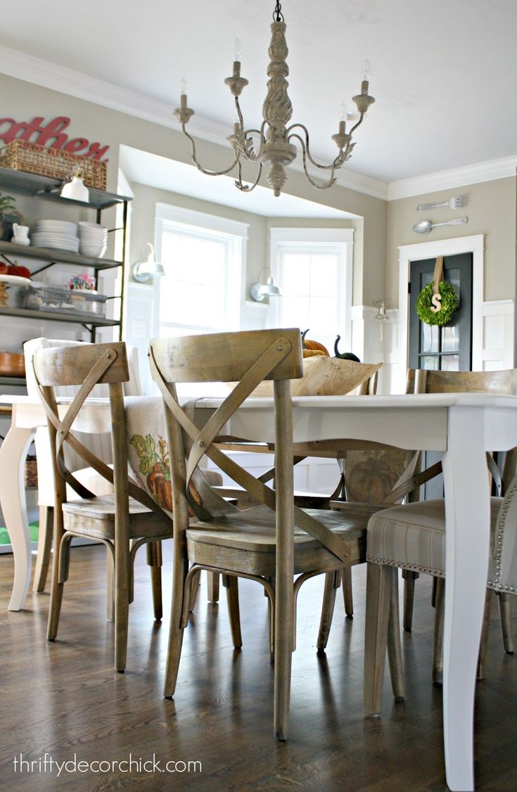 Diy paint dining room table - Diy Tutorial On How To Paint Your Kitchen Table Follow This Easy Guide And Change