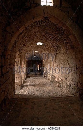 Syria Krak des Chevaliers vaulted entrance passage - Stock Image
