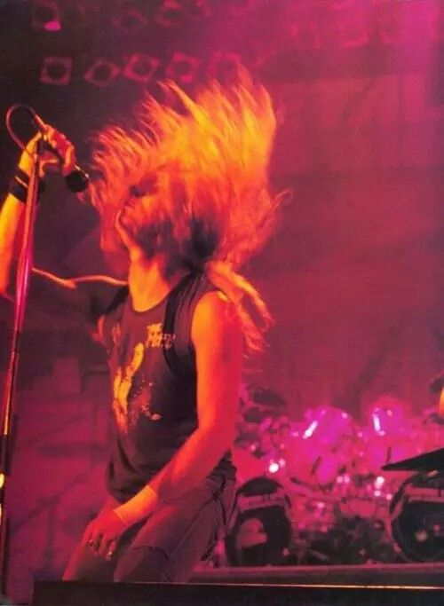 """SLASHING THROUGH  THE BOUNDARIES LUNACY HAS FOUND ME CAN NOT STOP THE BATTERY ~""""METALLICA""""~"""