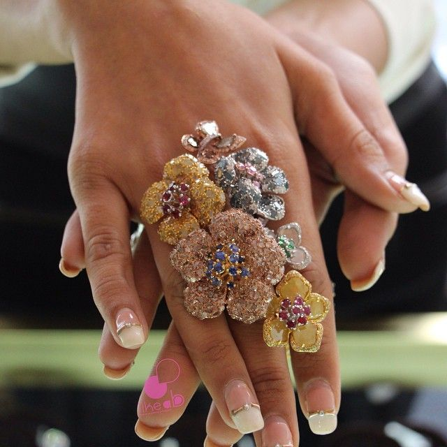 This is such a stunning example of a multi-finger ring.