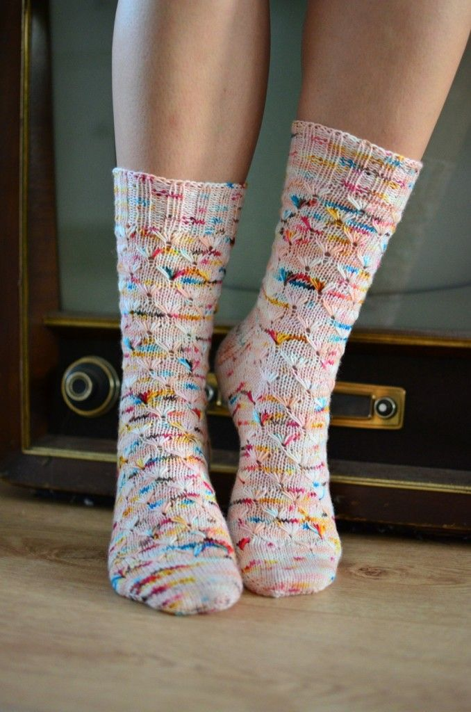 Fun stitch pattern + fun yarn = awesome socks!!!