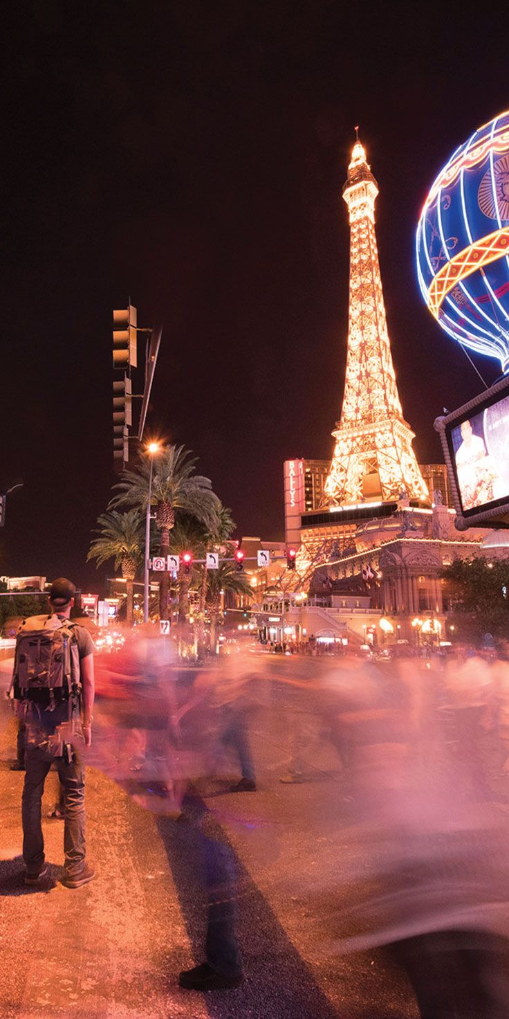 Pause for a moment on the vibrant streets of Las Vegas - by Sean Scott