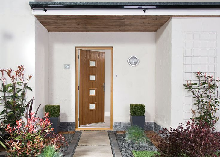 We're placing a lot more importance on our front doors these days, with varying sizes and styles. Natasha Brinsmead explains how to choose