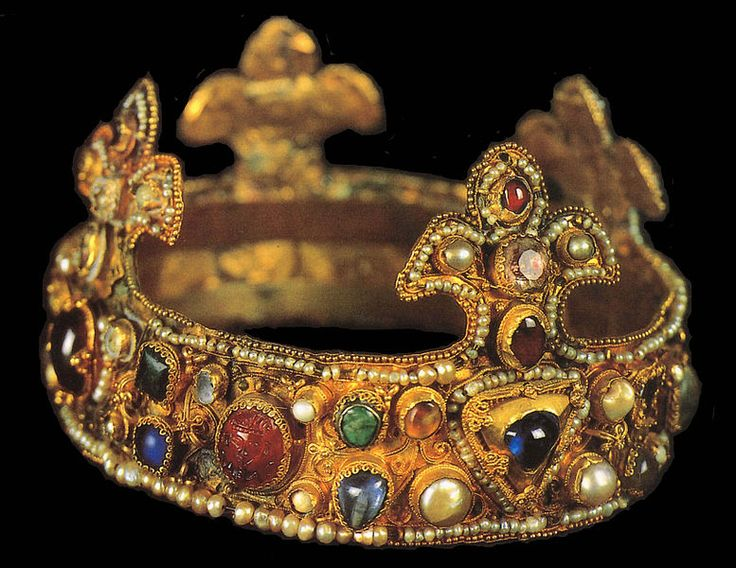 Ottonian crown on display at Essen's cathedral treasury, ca. 1100. Long believed to be the infant crown of king of Romans Otto III