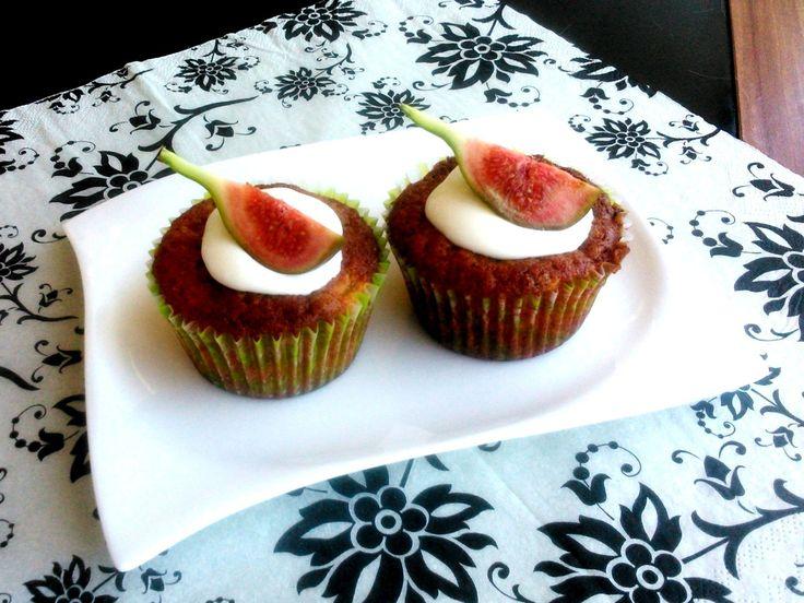 Egyszerű fügés muffin, gyerekek és felnőttek is imádni fogják.