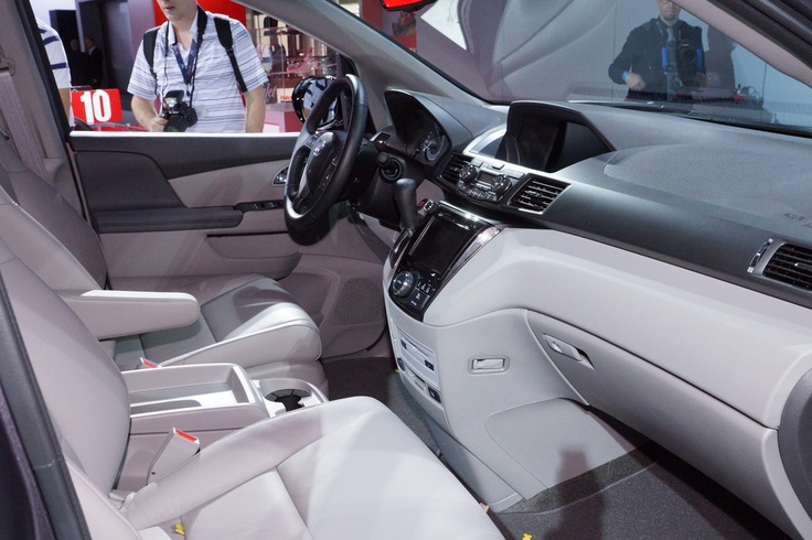 2014 Honda Odyssey Touring Elite live photos: 2013 New York Auto Show
