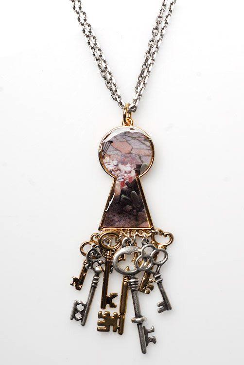 disney couture jewelry | ... Keyhole Necklace w/ Key Dangle | Disney Couture Jewelry | 80's Purple