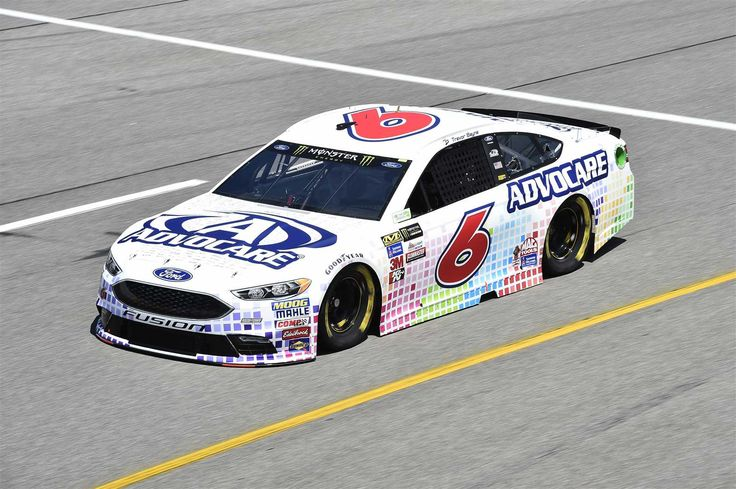 Starting lineup for 2017 spring Richmond race  Friday, April 28, 2017  Trevor Bayne will start 29th in the No. 6 Roush Fenway Racing Ford  Crew chief: Matt Puccia  Spotter: Roman Pemberton  Photo: 29 / 38