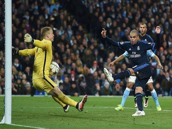 Liga Champions  Joe Hart Adalah Benteng Penyelamat Manchester City