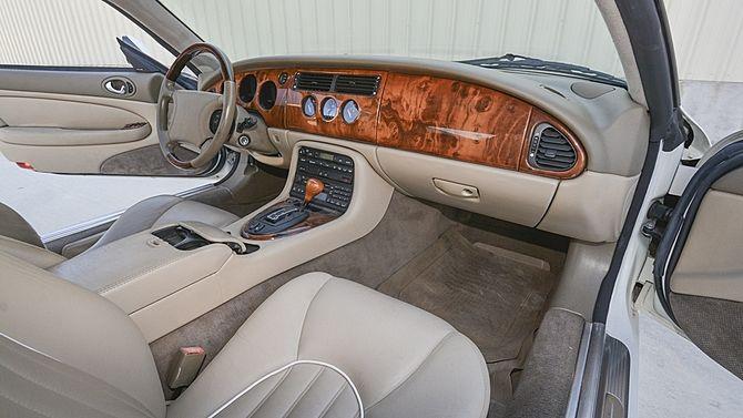 1998 Jaguar XK8 Convertible 4.0L, Automatic