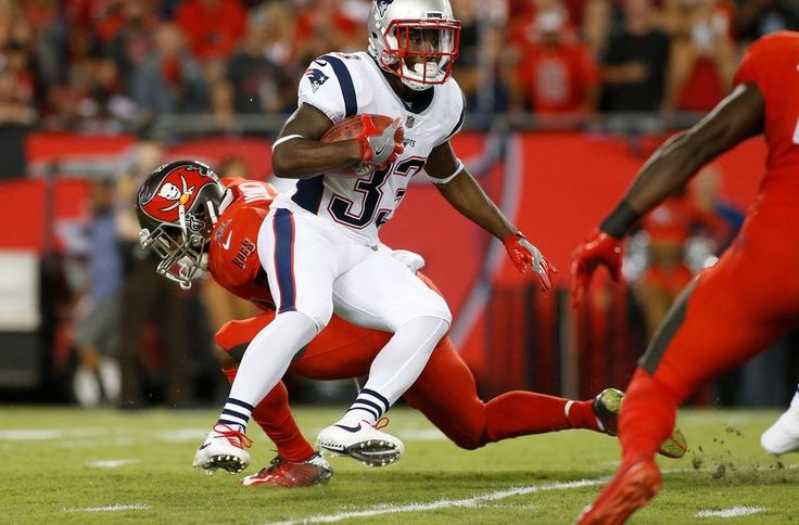 Patriots Rumors: Dion Lewis won't be traded prior to deadline