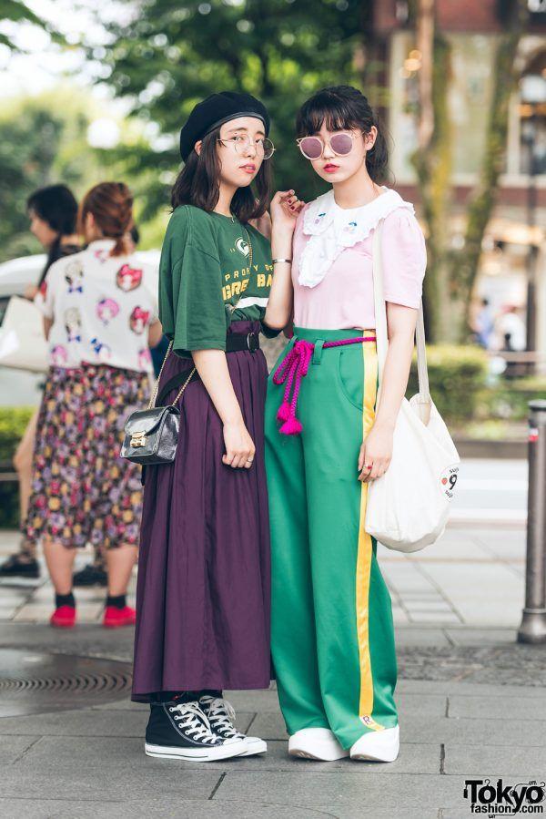 Karin (left) & Yuno (right) - both 17 years old & students | 7 December 2017 | #couples #Fashion #Harajuku (原宿) #Shibuya (渋谷) #Tokyo (東京) #Japan (日本)