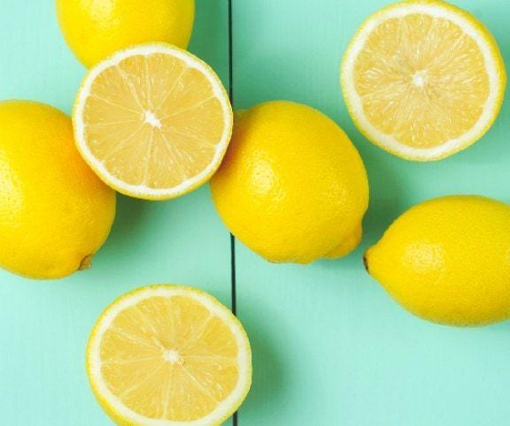 A citrom olyan csúcsgyümölcsünk, amit érdemes minden nap fogyasztani, a diétázók és méregtelenítésre vágyók pedig fogyasztó hatását is élvezhetik!