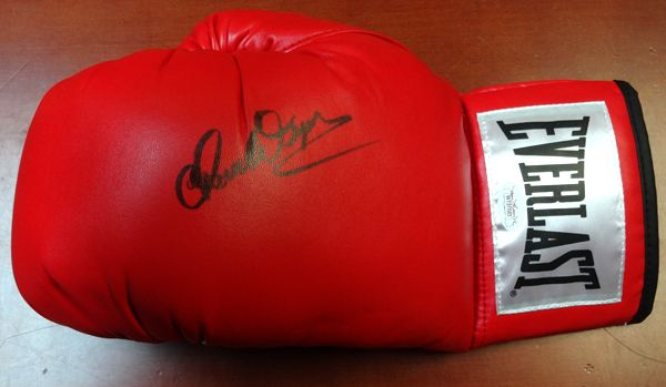 Chuck Wepner Autographed Red Everlast Boxing Glove LH JSA Stock #96549