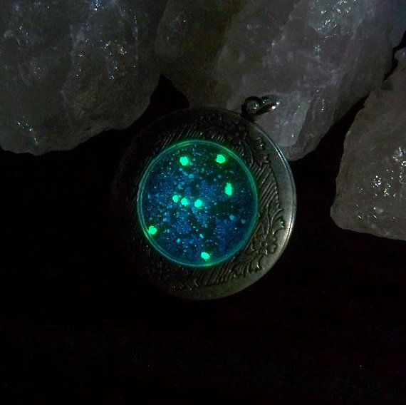 Jewelry | Jewellery | ジュエリー | Bijoux | Gioielli | Joyas | Art | Arte | Création Artistique | Artisan | Precious Metals | Jewels | Settings | Textures | Zodiac Deep Space Locket - Orion Constellation. Glows in the dark and everything.