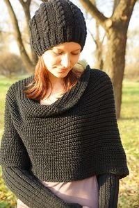 Свитер+шарф «Sciarpone». Для шарфа - пряжа Вита Бриллиант 100гр/380м ( 45 %шерсть ластер, 55% акрил) в 2 нити. спицы №3,5 - рукава и №5 - основное полотно. Расход 500 гр.