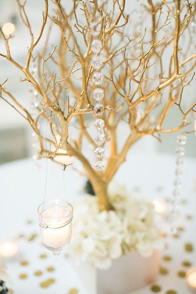 centre de table branchages dorés « Inspire Moi // Le blog mariage carrément déco
