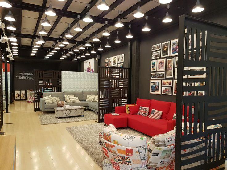Tiendas de sofas en madrid latest tiendas de telas para for Muebles rey oviedo