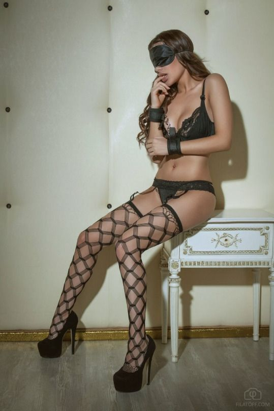Exquisite Pantyhose Beauty In 21